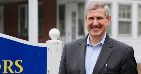 Paul Laux named honors program interim director Hero Image
