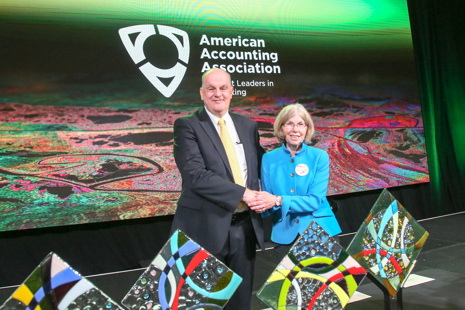 American Accounting Association Recognizes Guido Geerts